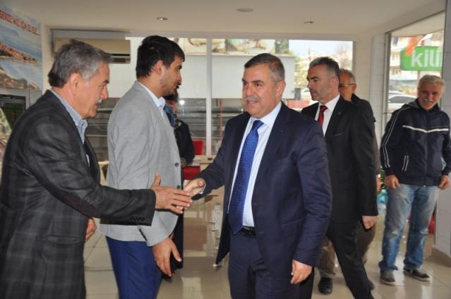 Nazım Maviş Tebrik Ziyareti Gerze Belediyesi