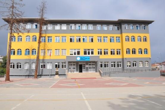 Vali Hasan İpek ve Nazım Maviş Okullara Ziyaret