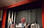 On Dakika Ara Tiyatro Gösterisi