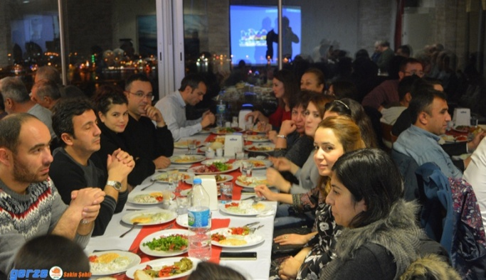Gerze Belediyespor'a Destek Yemeği Düzenlendi