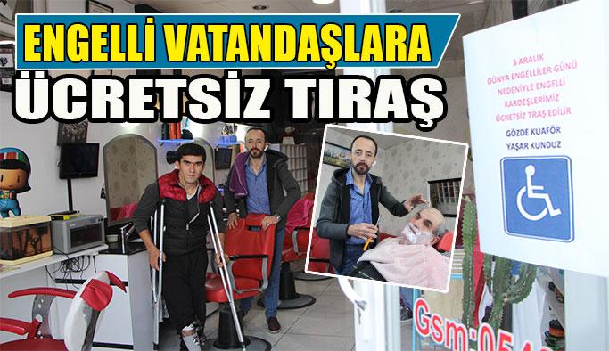 Engelli Vatandaşları Ücretsiz Tıraş Ediyor