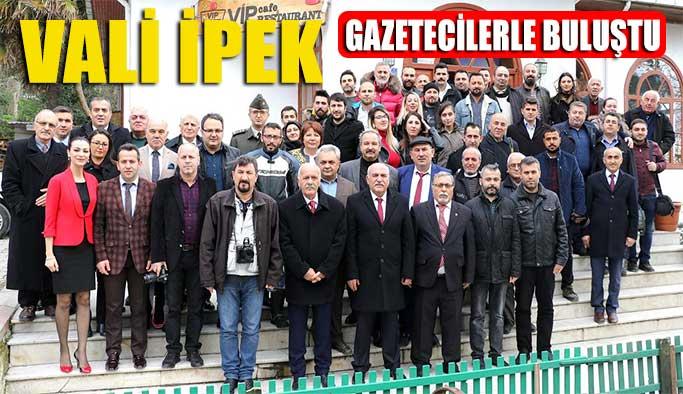 Vali İpek Gazetecilerin Gününü Kutladı