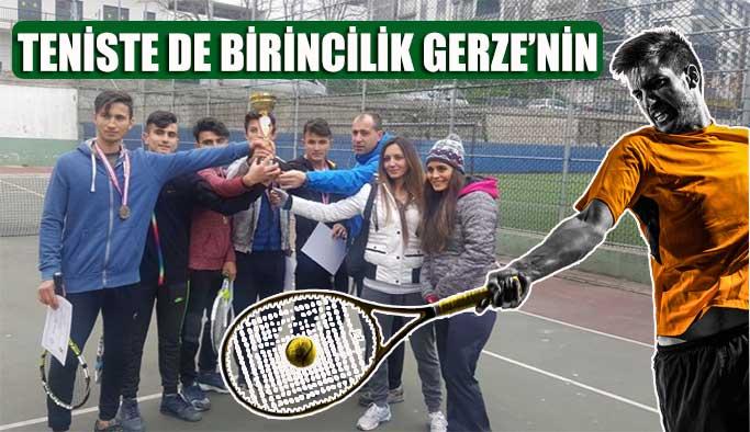 Teniste de birincilik Gerze'de