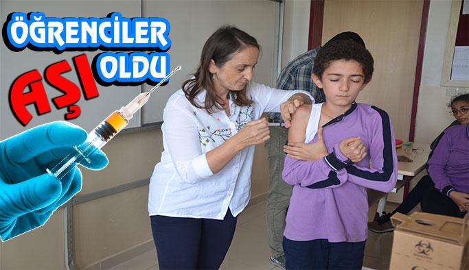 Birinci ve sekizinci sınıflar aşı oldu
