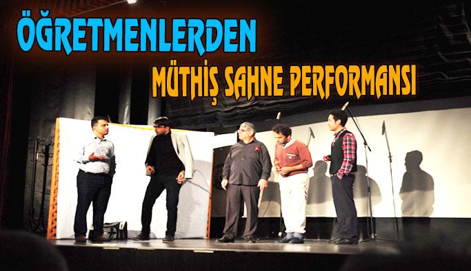 ''Öğretmenler günü'' özel tiyatro gösterisi