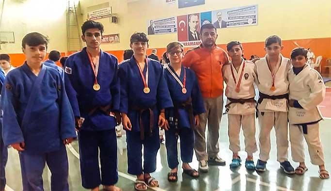 Gerze H.E.M. Judo Kulübü Altın Madalyayla Döndü