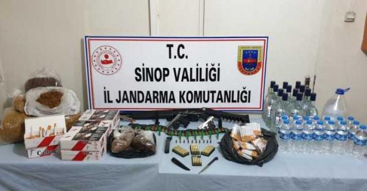 Jandarma'dan operasyon: 3 gözaltı