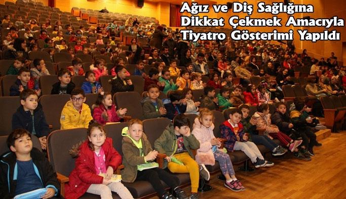 Kırmızı Gezegenin Beyaz Perileri Tiyatro Gösterisi
