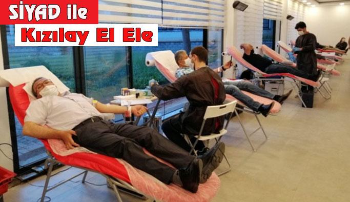 SİYAD Kızılay'a Kan Bağışında Bulundu