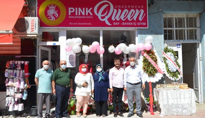 Pink Queen Açılışını Yaptı