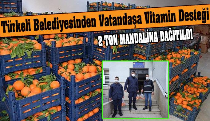 Şahin, 2 bin haneye meyve dağıtımı yaptı