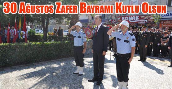 30 Ağustos Zafer Bayramı Münasebeti ile Atatürk Büstüne Çelenk Sunumu yapıldı