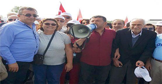 CHP Gerze İlçe Teşkilatı adalet yürüyüşüne katıldı