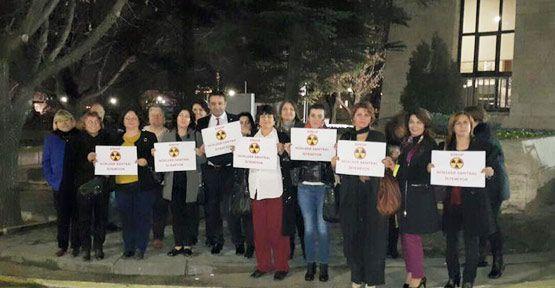 CHP Kadın Kolları TBMM Önünde Eylem Yaptı
