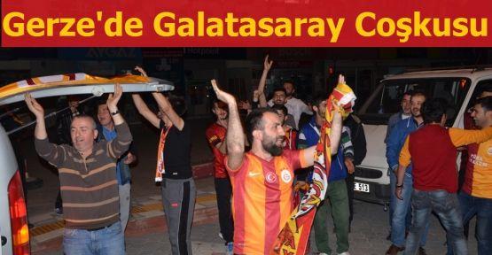 Galatasaraylılar Gerze'de Sokağa Akın Etti