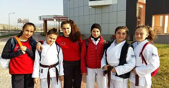 Gerze H.E.M. Judo Takımı 5 Sporcuyla Türkiye Finallerinde