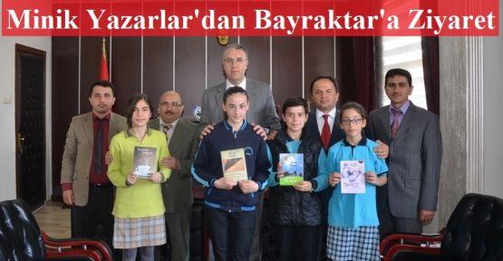 Gerze'nin Minik Yazarları Kaymakam Bayraktar'ı Ziyaret Etti