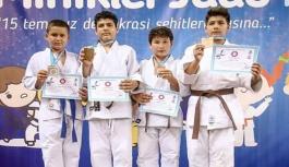Gerzeli Sporcu Türkiye Üçüncüsü