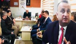 Barış Ayhan Gazetecilerle Bir Araya Geldi