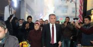 Cengiz Tokmak'a coşkulu karşılama