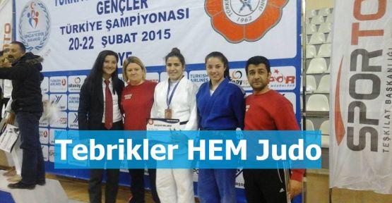 Yine Yeni Yeniden Gerze Hem Judo